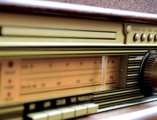 Radio2042